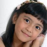 Debut Zarra, Lagu Anak-anak Berbahasa Inggris
